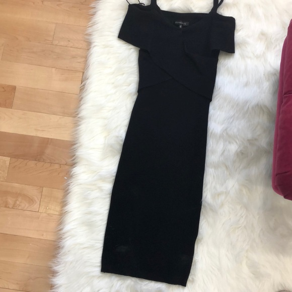 Stretchy sweater like fabric black fitted dress